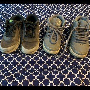 Lot of 2 boys tennis shoes Nike air Jordan's